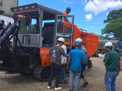 JingGong 4GL-1 sugarcane harvester received praise from Filipino customers